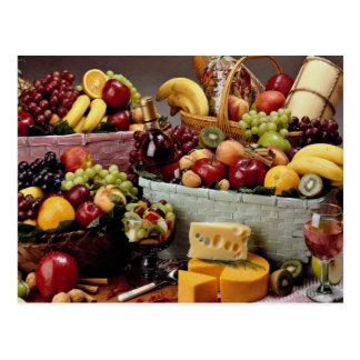 Fruktbasket, blandad frukt och ostar vykort