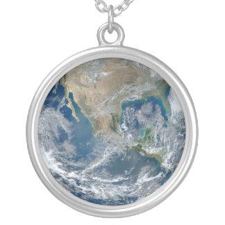 Full jord 2012 silverpläterat halsband