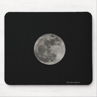 Fullmåne mot natthimmel musmatta