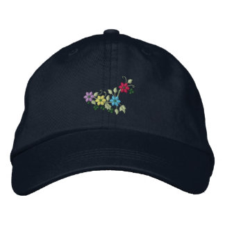 Fyra broderade hatt för blommor och lövverkkvinna