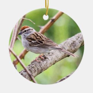 Gå i flisor sparrowen julgransprydnad keramik