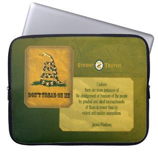 Gå inte på mig - James Madison Laptop Sleeve
