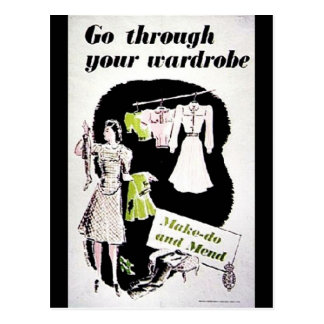 Gå till och med din garderob vykort