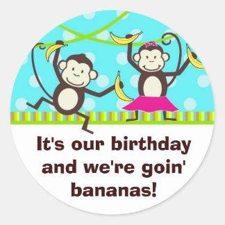 Gående bananer för apor runt klistermärke