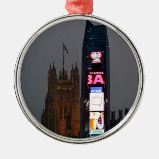 Galet! New York City möter London Julgransprydnad Metall