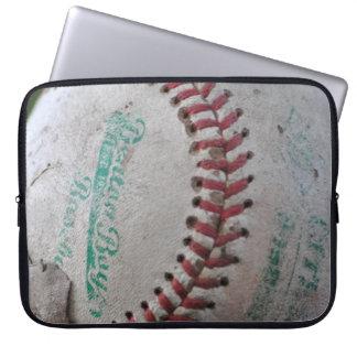 Gammal baseball laptop sleeve