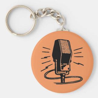 Gammal mikrofon rund nyckelring
