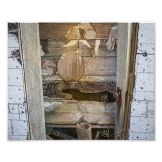 Gammal Outhouse - fotografitryck Fototryck