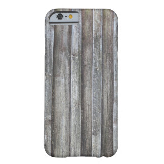 Gammal plankaladugårdvägg barely there iPhone 6 skal
