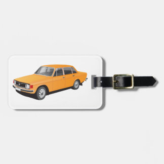 Gammal svensk bil från tidig 70-tal bag tag