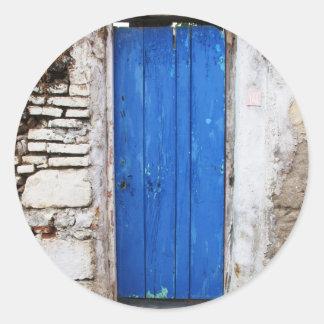 Gammal Town för BLÅTTDÖRR av Chania, Crete Runt Klistermärke