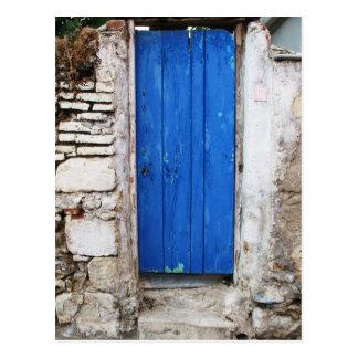 Gammal Town för BLÅTTDÖRR av Chania, Crete Vykort