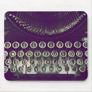 gammalmodig skrivmaskin mus matta