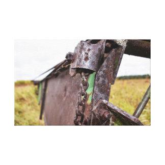 gammalt lantgårdmaskineri canvastryck