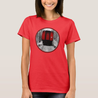 Gammalt svart Time ångatåg som är rött och T Shirts