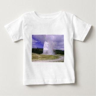 Gammalt troget i den Yellowstone nationalparken T Shirt