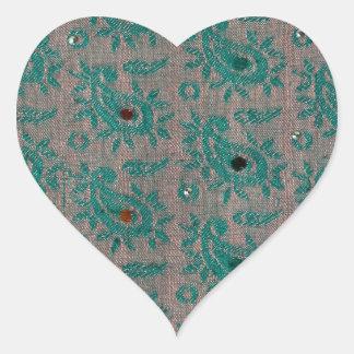 Gammalt tyg hjärtformat klistermärke
