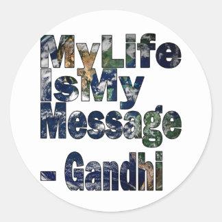 Gandhi Qoute Runt Klistermärke