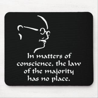 Gandhi samvete musmatta