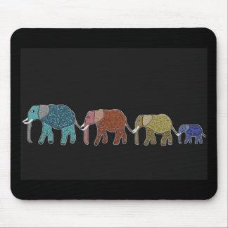 Går den afrikanska elefanten för neon musmatta