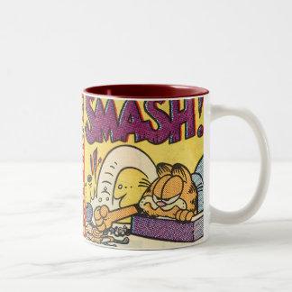 Garfield att slå tar tid på, rånar Två-Tonad mugg