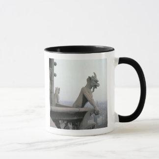 Gargoyle från balustraden av det stort mugg