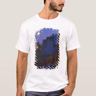 Gata på natten i Rome, italien Tee Shirts
