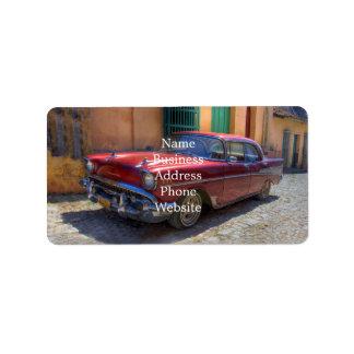 Gataplats med den gammala bilen i Havana Adressetikett