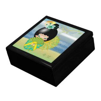 Gåvan för den hoppKokeshi dockan boxas minnessaken Minnesask