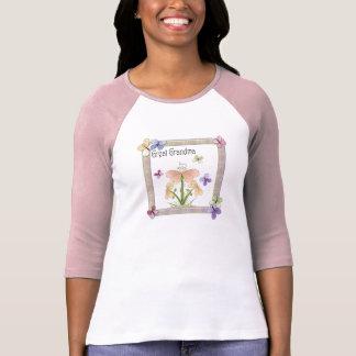Gåvor för mors dag för mormor för fjärilsblomma t-shirt