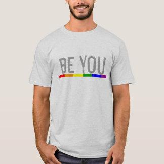 Gay prideregnbågeflagga är dig tee shirt
