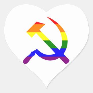 Gay prideregnbågesovjet bultar och skäran hjärtformat klistermärke