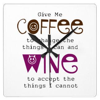 Ge mig kaffe, och vin tar tid på fyrkantig klocka