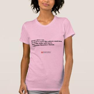 Ge sig aldrig upp t-shirt
