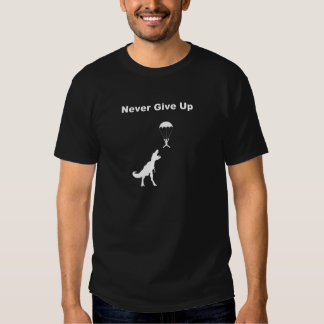 Ge sig aldrig upp tee