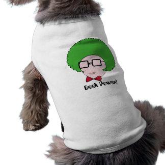 Geeken driver med en grön afro- Wig & en fluga Hundtröja