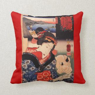 Geishaen och hon kattkast dämpar kudde