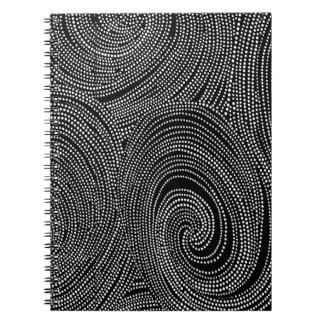Gentlemän driver anteckningsbok med spiral