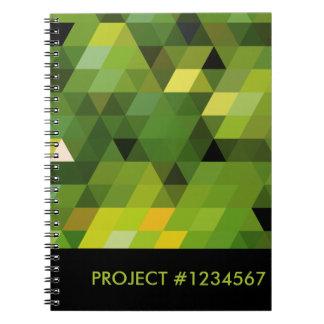 Geometriska gröna trianglar för mönster | anteckningsbok med spiral