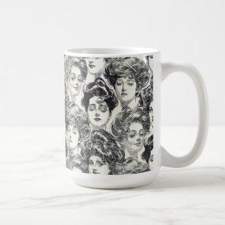 Gibson flickor av Charles Dana Gibson Circa 1902 Kaffemugg