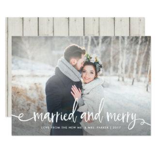 Gift och glatt | modernt lantligt julfoto 12,7 x 17,8 cm inbjudningskort