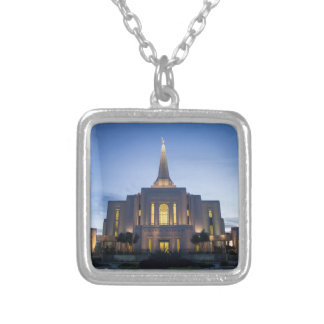 Gilbert Arizona LDS tempel NecklaceGilbert Arizona Halsband Med Fyrkantigt Hängsmycke