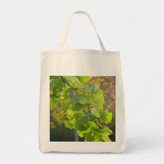 Gingko av löv i höstsol tygkasse