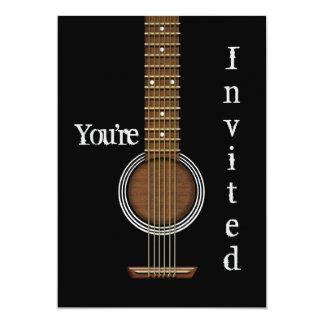 GITARRINBJUDAN - akustisk svart - som är som kan 12,7 X 17,8 Cm Inbjudningskort