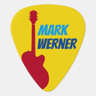 gitarristnamn på gult plektrum