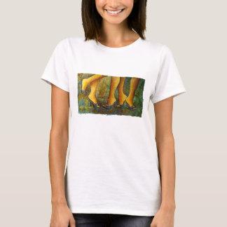 Gjort för skjortor för Walkin',-figurkonst Tshirts