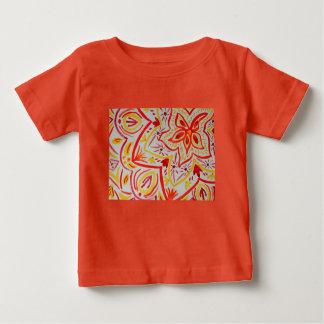 Gladlynt abstrakt vattenfärgblommigt tee shirt
