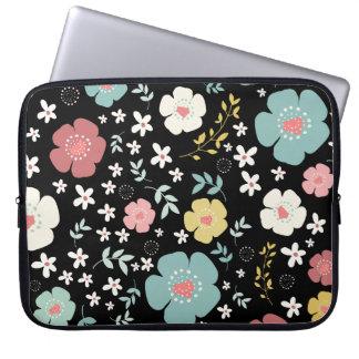 Gladlynt färgrikt gulligt blommamönster laptop sleeve