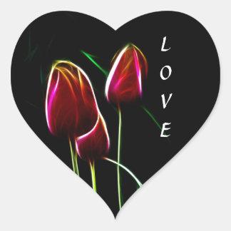 Glödande kärlektulpan hjärtformat klistermärke
