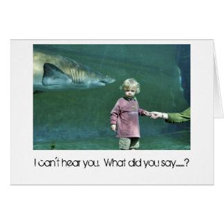 """Glömskt småbarn för """"hajattack """", hälsningskort"""
